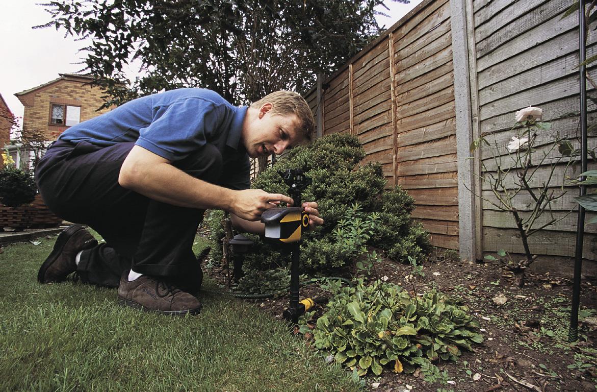 Cat Deterrents | Garden Advice - The RSPB